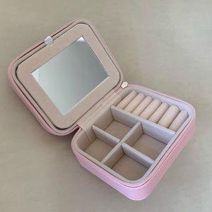 Travel size jewelry box